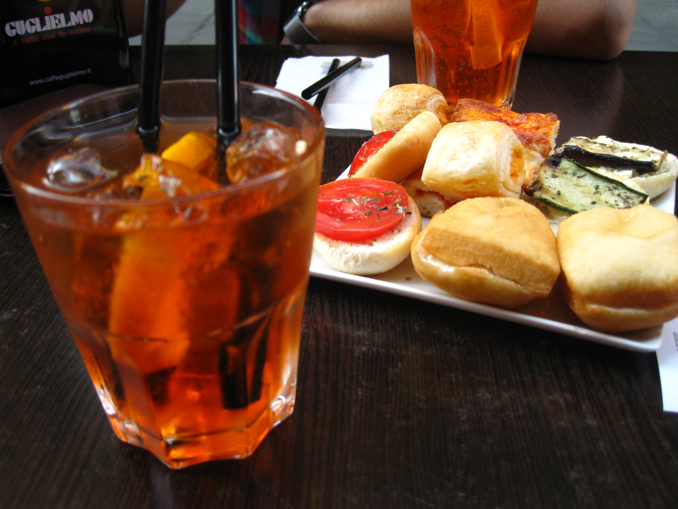 27 Aperitivo and spritz Aperol 7 Technology  l
