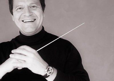 Manuel Hernández-Silva, conductor