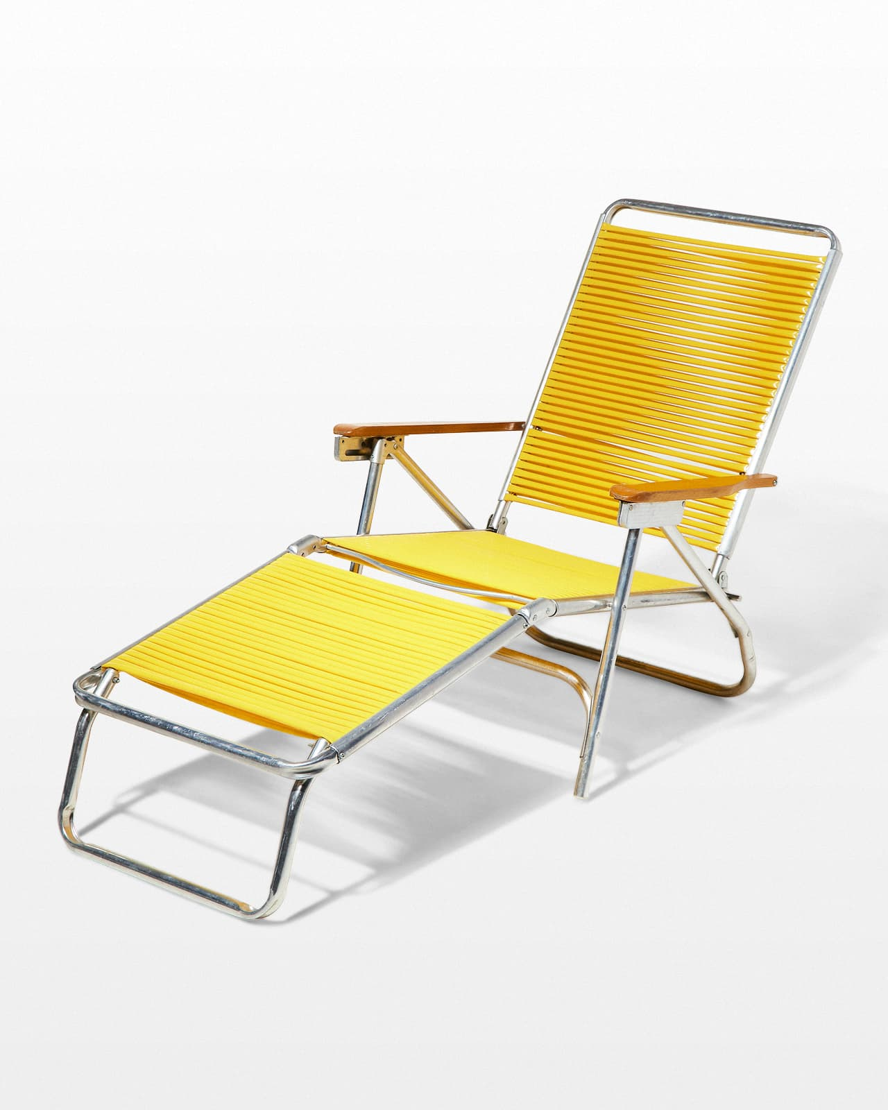 Beach Lounge Chairs Ch379 S Sunshine Beach Chairs And Lounge Prop Rental Acme Brooklyn