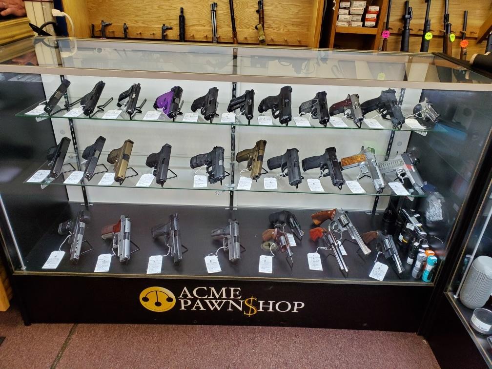 Handgun Case in store
