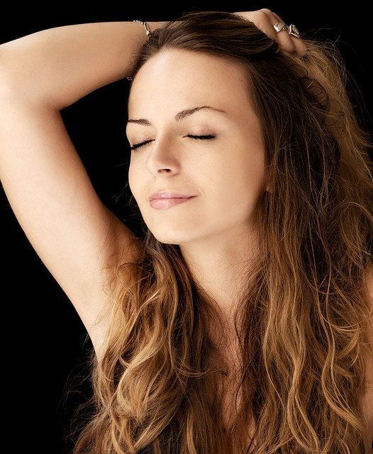 suffering with acne here are some helpful solutions - Suffering With Acne? Here Are Some Helpful Solutions!