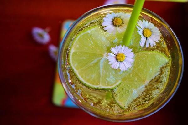 baking soda and lemon juice for acne scars