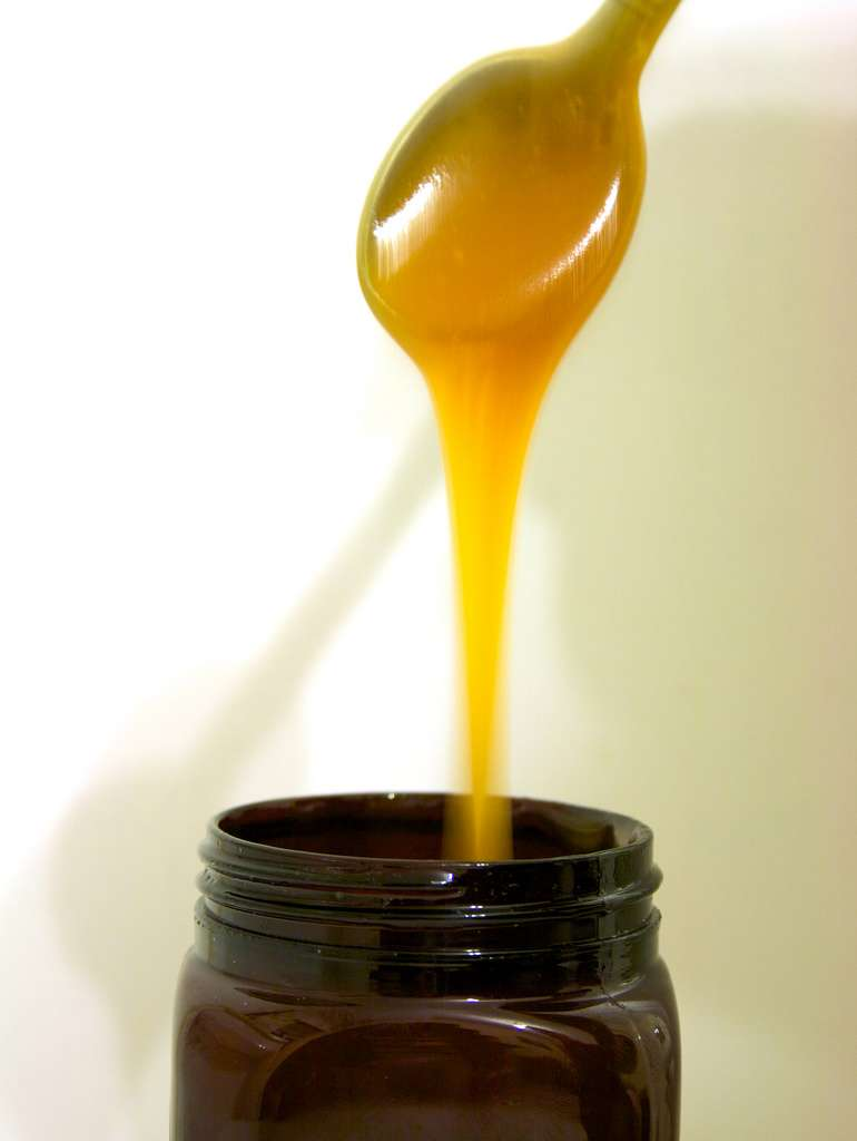 Manuka Honey for cystic acne on neck