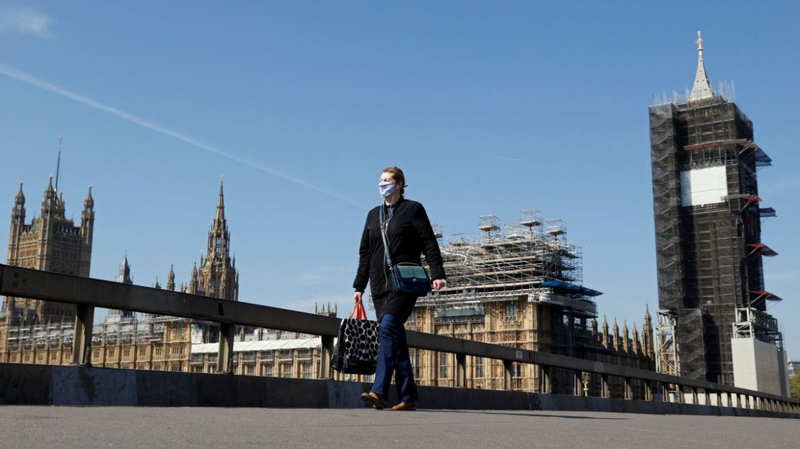 Covid-19: confinamento no Reino Unido deve durar até o fim do ano