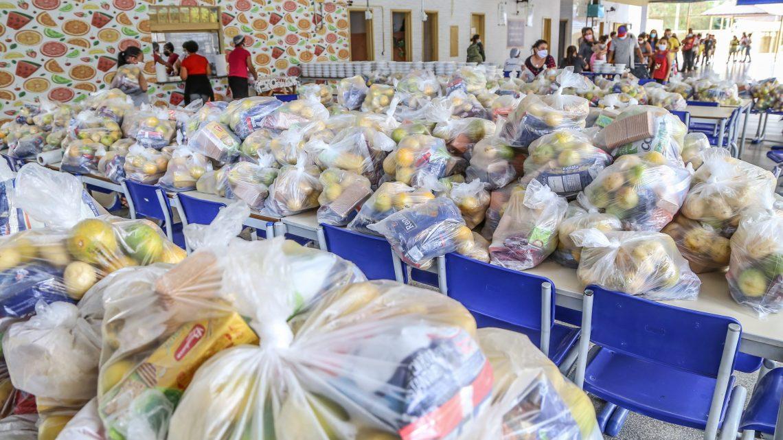 Mais de 21 mil Kits de frutas e legumes foram entregues para os alunos de Santana de Parnaíba cadastrados na secretaria de Educação