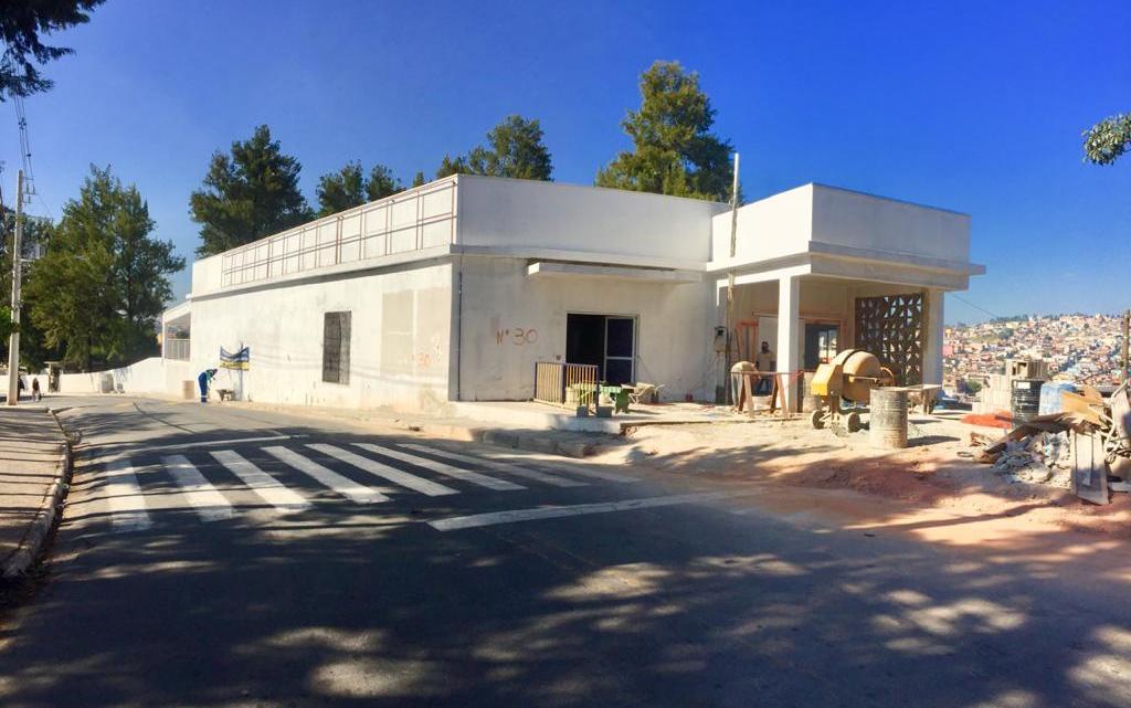 Trabalhos de construção do novo velório municipal de Jandira continuam