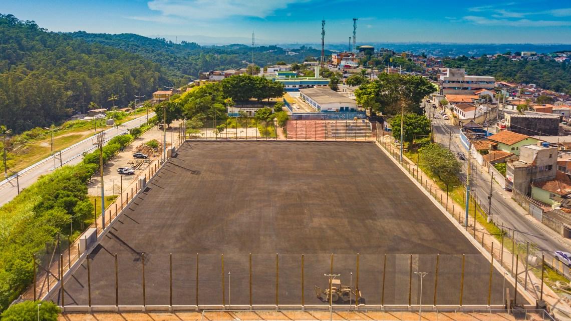 Implantação do novo Complexo Esportivo Atalaia está 50% concluída