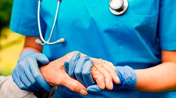 Enfermagem: essencial, representa a maior categoria nos serviços de saúde