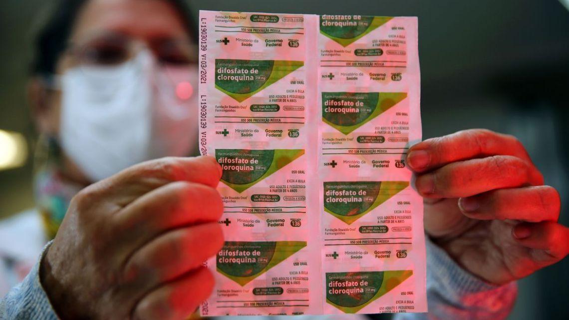 Especialistas questionam estudo que invalidou uso de cloroquina