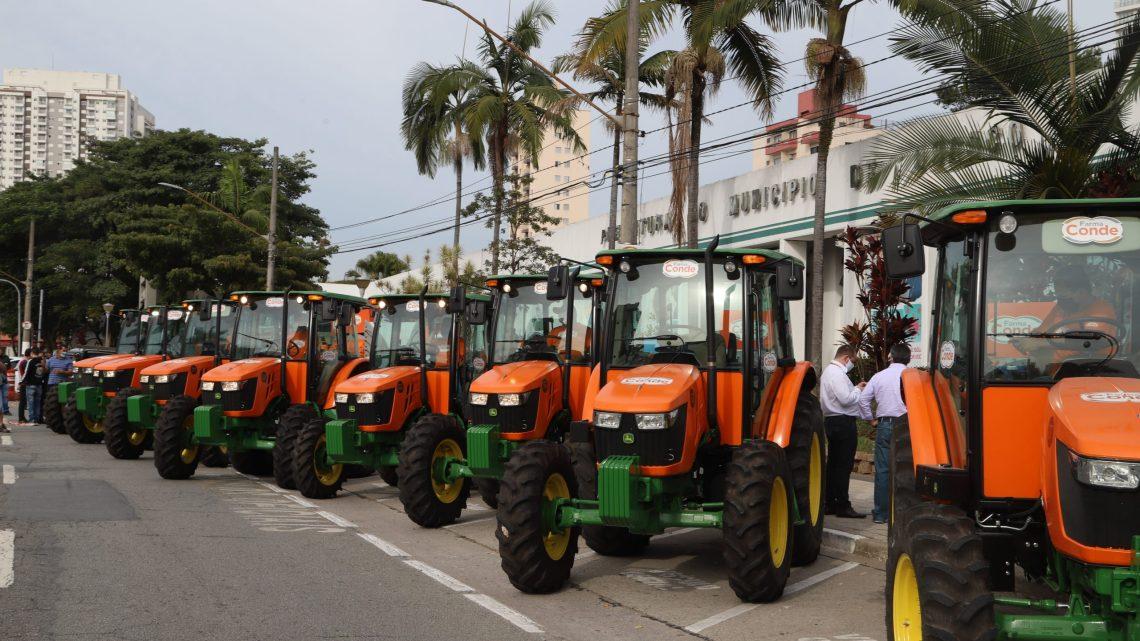 Osasco higieniza ruas e avenidas contra o coronavírus
