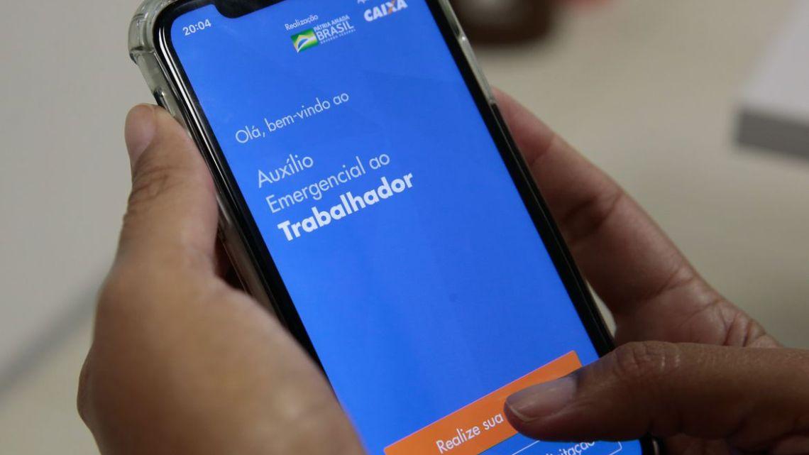 Caixa atualiza aplicativo e agiliza atendimento para saque emergencial