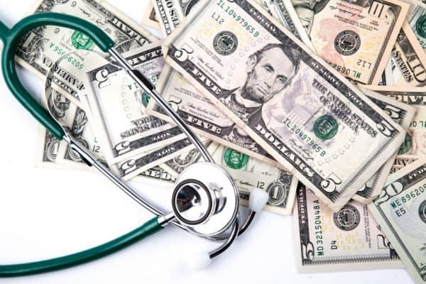 Chiropractic Salaries: What Doctors Make & Where You Stand