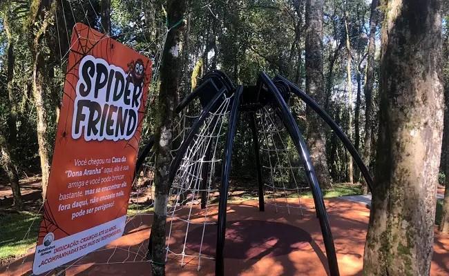 Bondinhos Aéreos inaugura três atrações: Spider Friend, Esconderijo da Estação e Gangorra da Mata