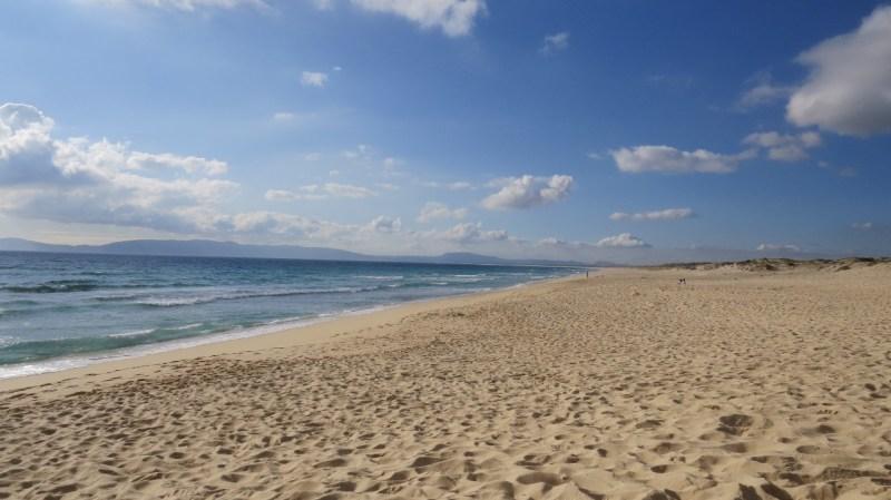 A Praia da Comporta é uma das atrações de Tróia com águas cristalinas