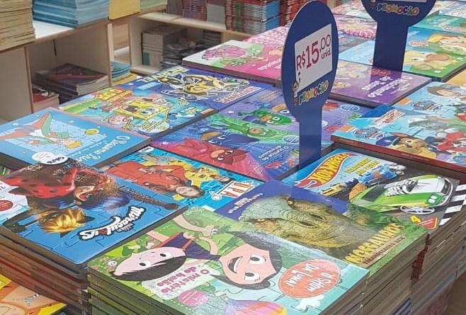Feira do Livro na Maxi Shopping reúne cerca de 500 títulos