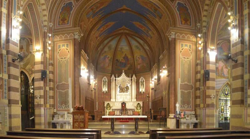 Catedral de Jundiaí recebe espetáculo de luzes