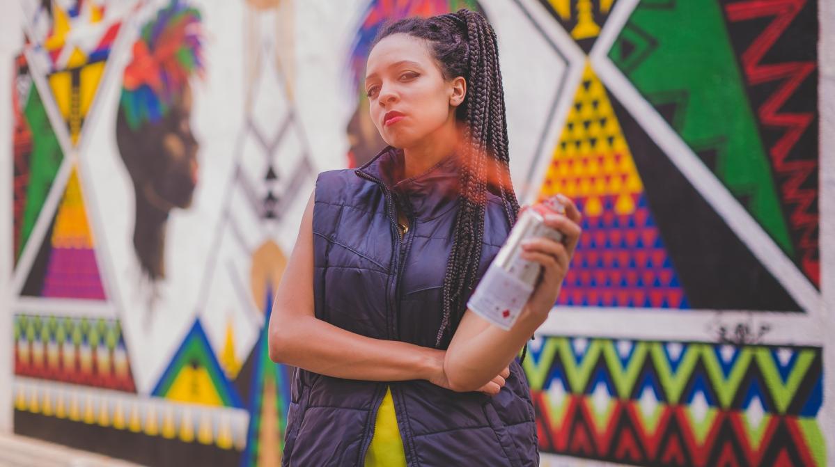 Projeto URBE SOLO terá obras da artista Criola e do coletivo Modular Dreams