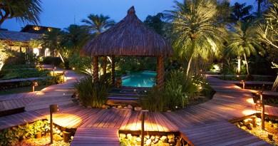 Villa Bebek Hotel, no litoral norte, é opção pra relaxar no próximo feriado