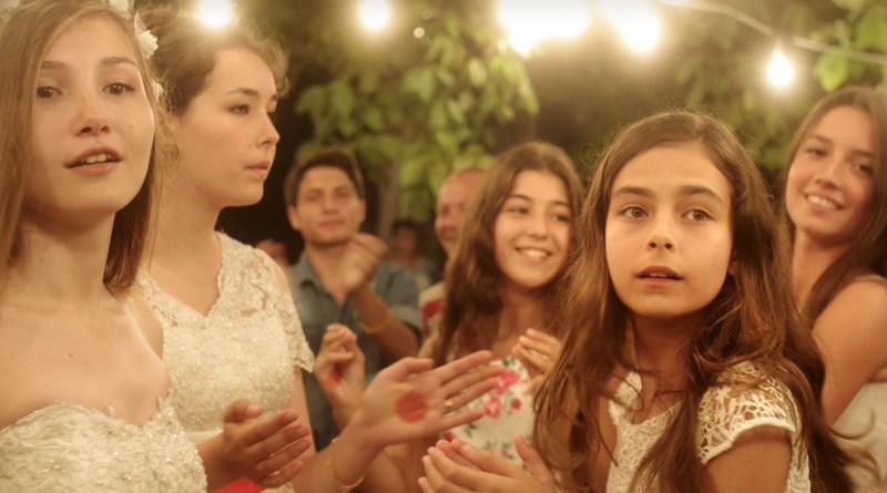 Cinema em casa com o sesc apresenta o filme As cinco graças