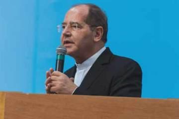Foto de dom Walmor em seu primeiro discurso como presidente da CNBB