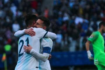 Foto de comemoração de gol da Argentina (Foto: AFA)