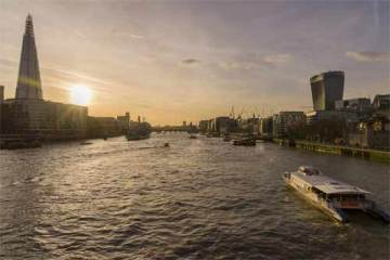 Foto do rio Tâmisa, em Londres