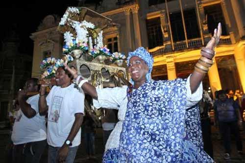 Foto de festa de Santo Antônio na igreja da Ladeira da Barra