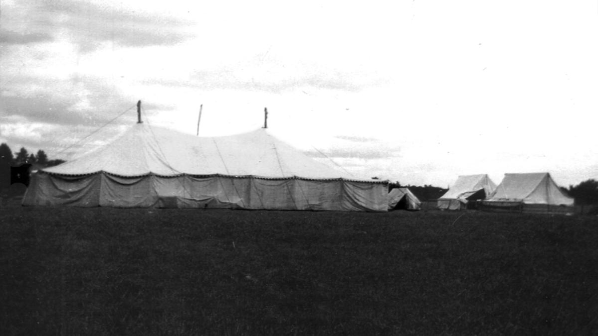 Woodstock Road Tent