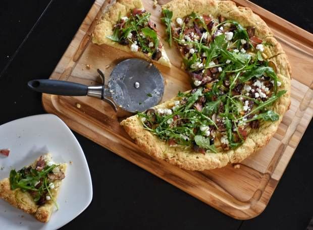 Gluten-Free Arugula and Date Pizza
