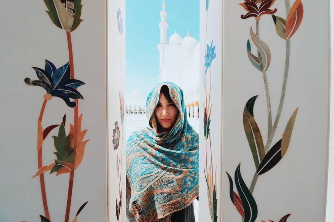 Abu Dhabi - mármore e pedras preciosas