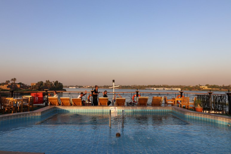 piscina do cruzeiro no rio nilo