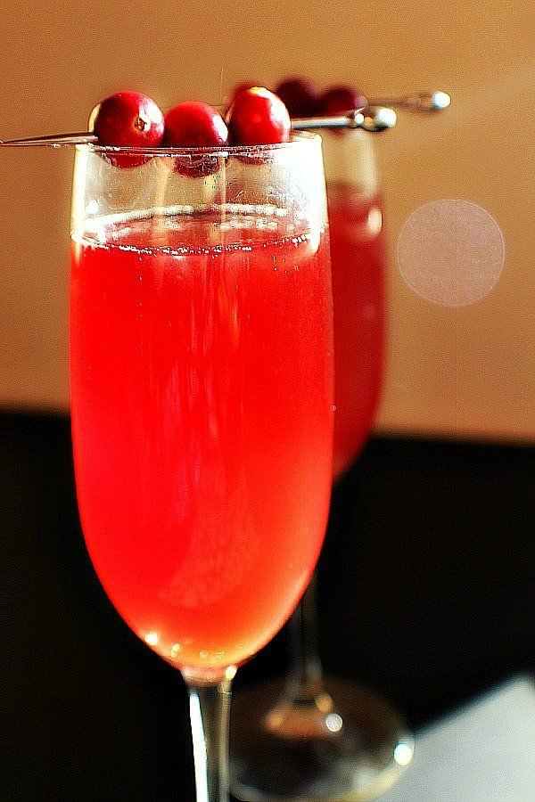 cranberry-mimosas-1