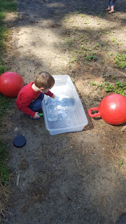Discovery Learning Outside Activities for Kids with Science. Baking Soda and Vinegar Experiments with kids