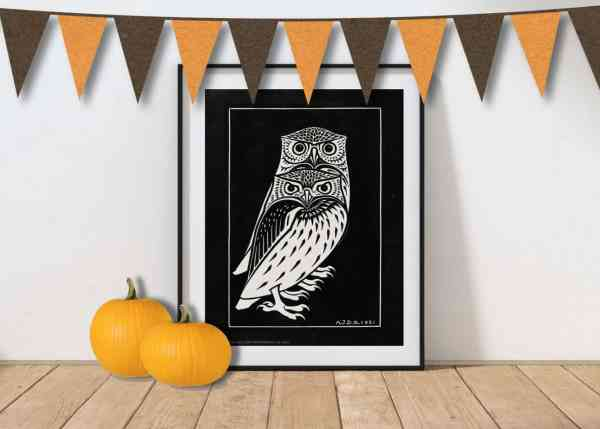 free printable halloween wall art in black and white for DIY halloween decor or decorations