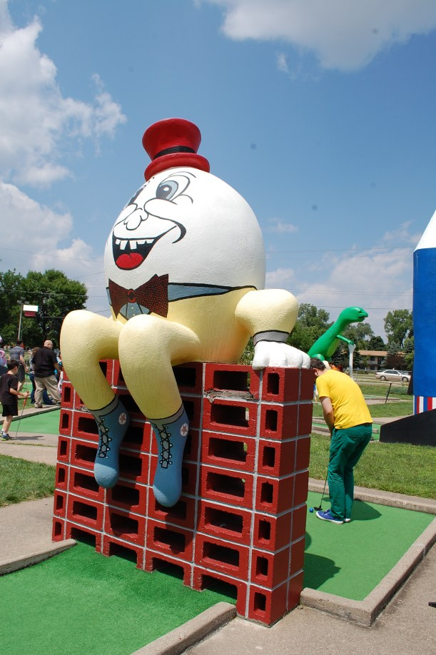 Hole 1 - Humpty Dumpty