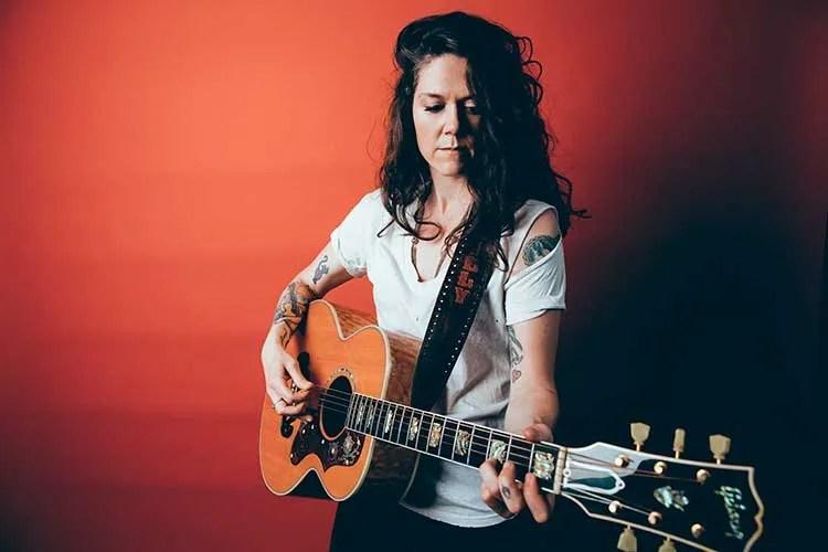Nashville guitarist Lilly Hiatt
