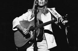 Joni Mitchell, 1974