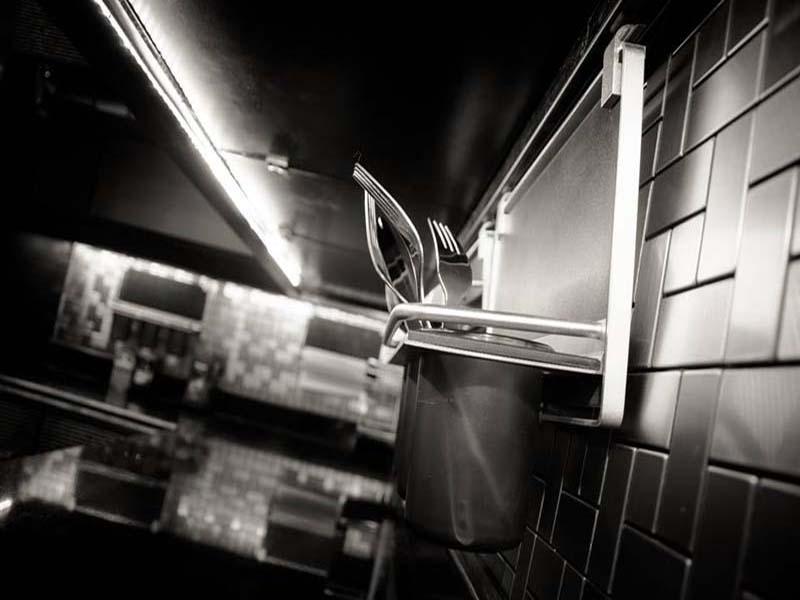 silver kitchen (2)