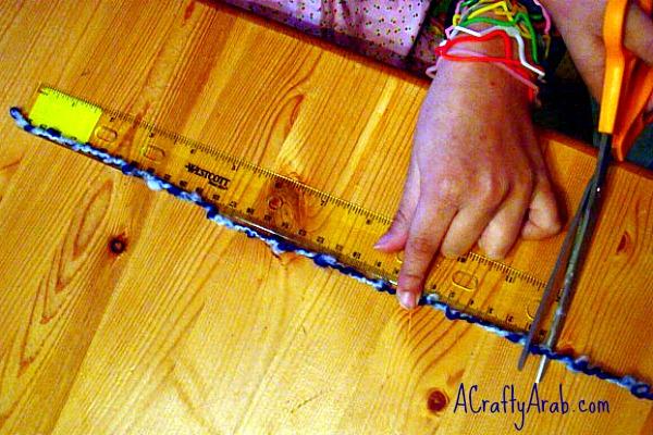 acraftyarab-moon-A Crafty Arab Moon And Star Yarn Art Tutorial-yarn-art2