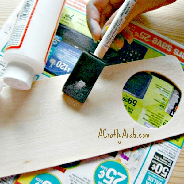 ACraftyArab Im Praying Door Hanger Tutorial