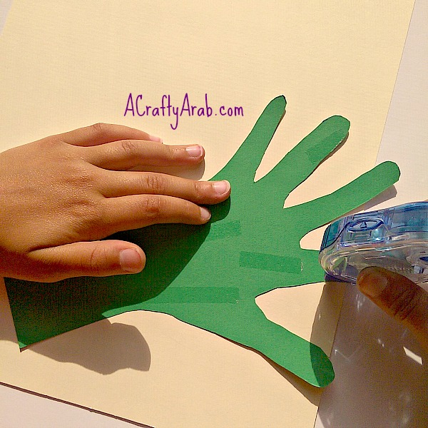 ACraftyArab Allah helps me grown handprint8