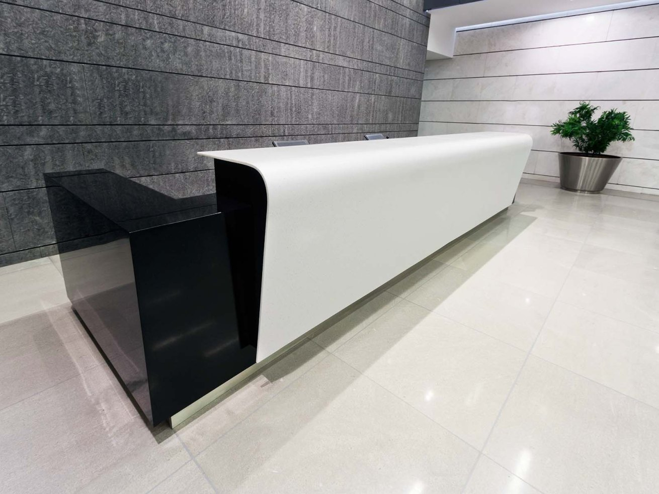 Dupont Corian - Reseption Desk