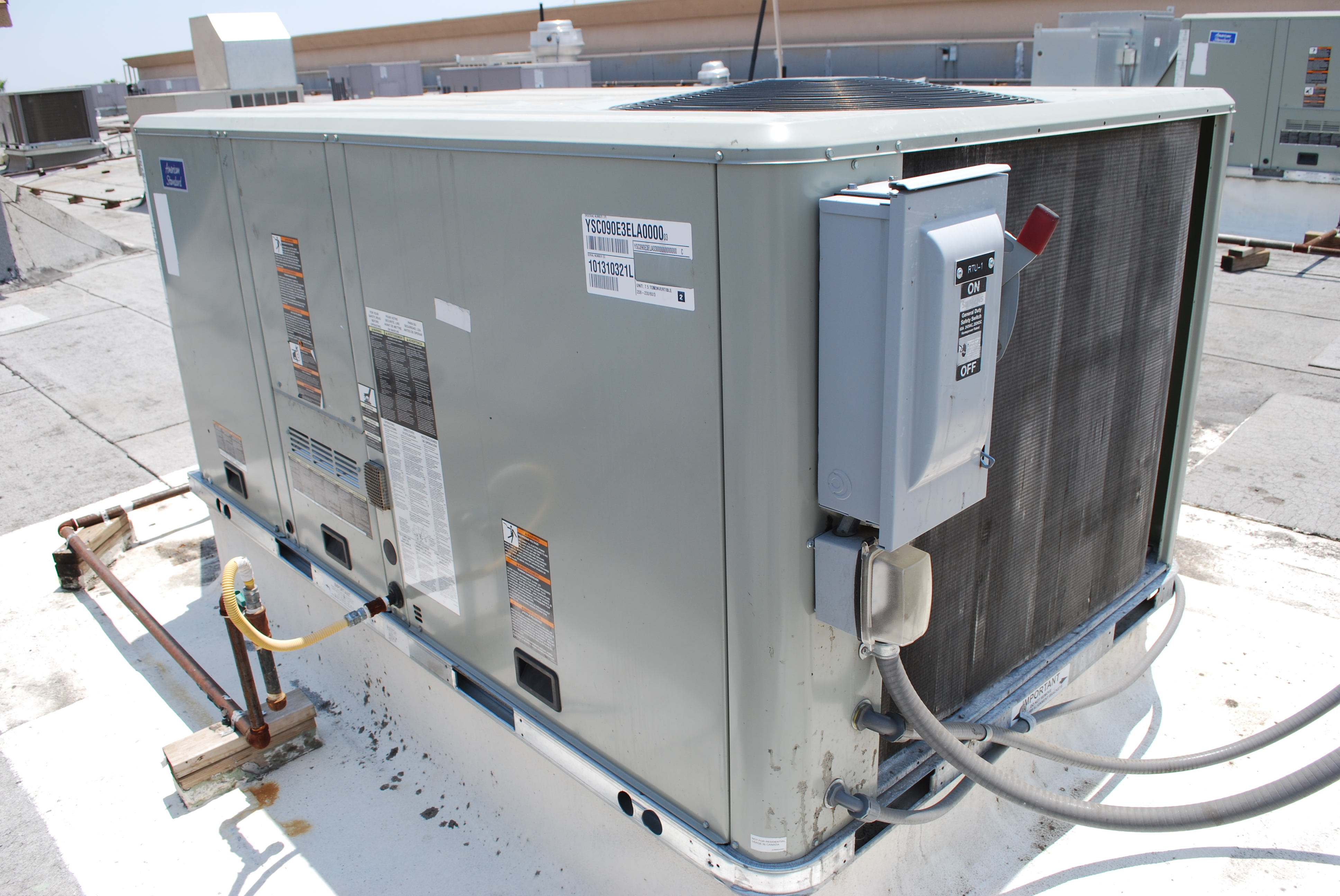 Large Rooftop AC Repair ACR Mechanical in Las Vegas