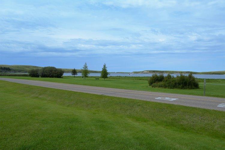 trails-along-elkwater-lake
