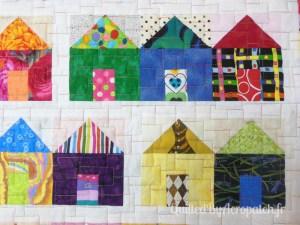 Acropatch-motif-quilting-LEGO-panneau-mural-fil-multicolore