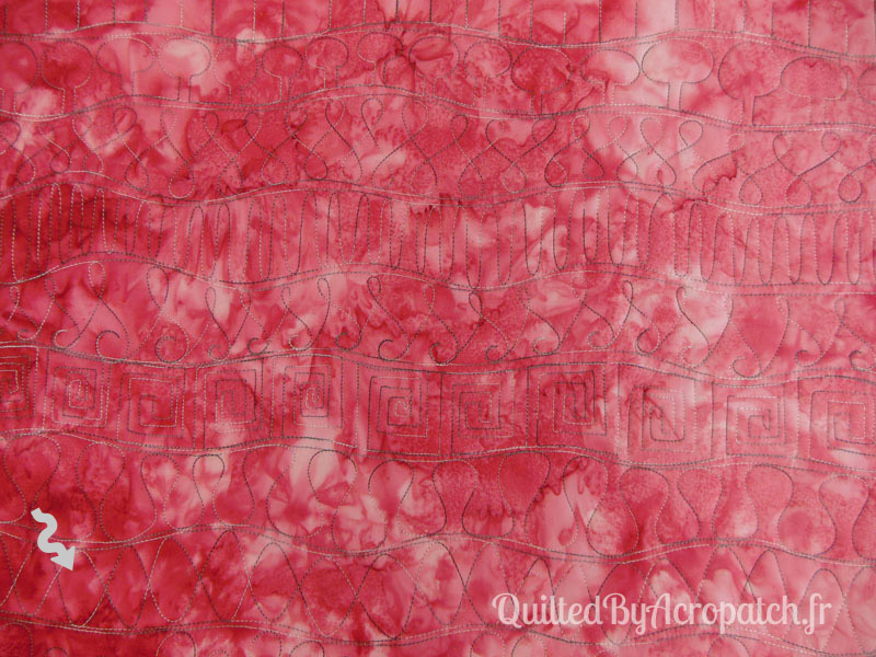 Acropatch-Motif-Quilting-OSCILLATION-horizontal