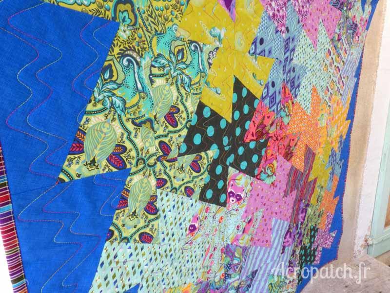 Acropatch-motif-quilting-SPLASH-vertical-panneau-mural-fil-multicolore