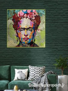 Tableau-Textile-Portrait-Frida-Kalho-Motif-Quilting-Vague-fil-transparent