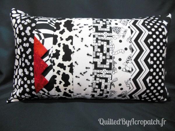 Acropatch-Housse-coussin-Rectangle-noir-blanc-C368R