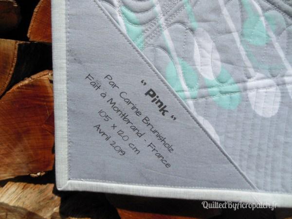 Acropatch-Panneau_mural-Modern_quilt-Pink-Motif-Quilting-Medley-fil-uni-gris clair-étiquette